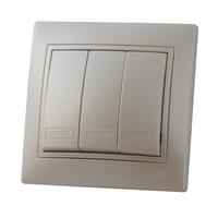 Lezard MIRA выключатель 3 кл. Жемчужно-белый металлик 701-3030-109