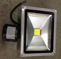 Светодиодный прожектор 10W COB с датч.движения 6000К